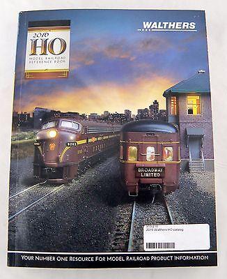 Walthers 2016 HO Model Railroad Reference Book/Catalog
