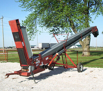 HUTCHINSON ELEVATOR / CONVEYOR, Portable, Real Good Condition, Available Now!