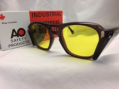 Authentic Vtg New Old Stock Custom American Optical Sunglasses Brown Yellow!