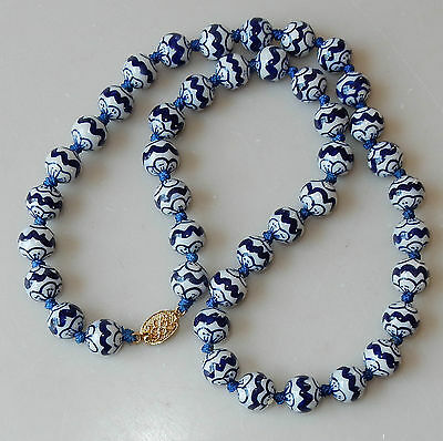 """Vintage 23"""" Chinese Blue White Hand Painted Porcelain Beads Strand #249"""