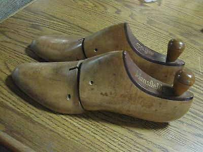 Vintage Mansfields Wooden Shoe Stretchers Sized 8C Used Condition