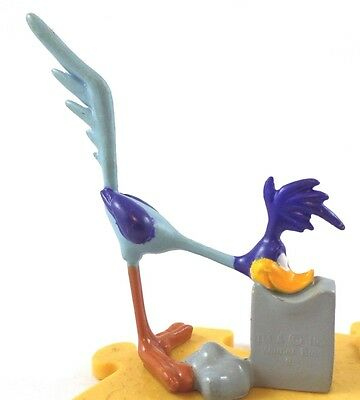 road runner PVC figure on Puzzle Piece Warner Brothers Looney Tunes WB '95 mex
