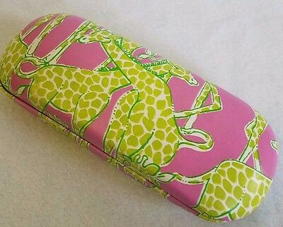 Lilly Pulitzer Pink Green Giraffe Clamshell-Style Hardsided Glasses Case