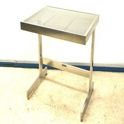 """NTA Industries 1063C3 35.75"""" x 32.75"""" x 33.5""""H UltraClean SS Workstation Table"""