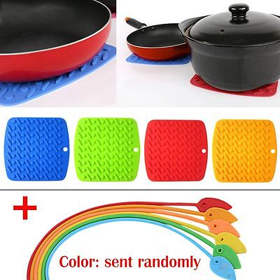 4x Flexible Silicone Pot Holders Trivets Durable Non-slip Pads Garlic Peelers