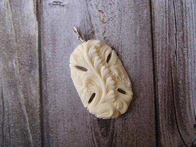 Pendant Necklace Flower From Buffalo Bone Carved w/ Silver 925_b255