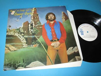 Danny Doyle / Raised On Songs & Stories (Irelanc, Release RRL 8010) - Foc LP