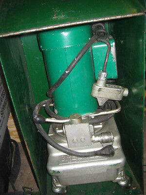 Greenlee 960 Electric Hydraulic Pump with case