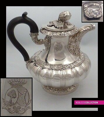 IMPRESSIVE ANTIQUE 1840s FRENCH STERLING SILVER COFFE POT Coat of Arms 25,75oz
