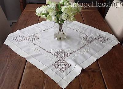 Beautiful Antique Handmade Tenerife LACE Embroidered Tablecloth Topper