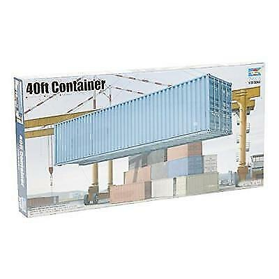 1030 1/35 40ft Shipping/Storage Container New