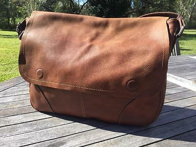 COLLEZiONE marks & spencer LARGE WHiSKEY BROWN DELUXE LEATHER LAPTOP SATCHEL BAG