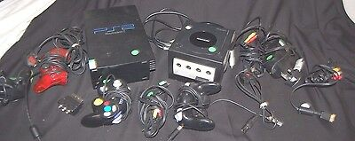 Playstation 2 & Nintendo game Cube with leads and controllers B58/A4