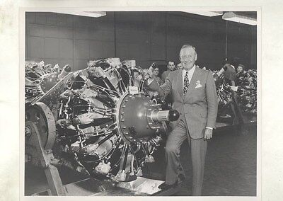 1943 Oldsmobile Allison Airplane Engine WWII ORIGINAL Factory Photograph ww9230