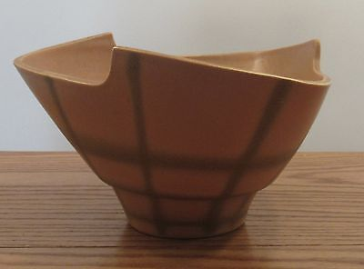 Signed Japanese artisan art pottery spiderweb design triangular asymetric bowl