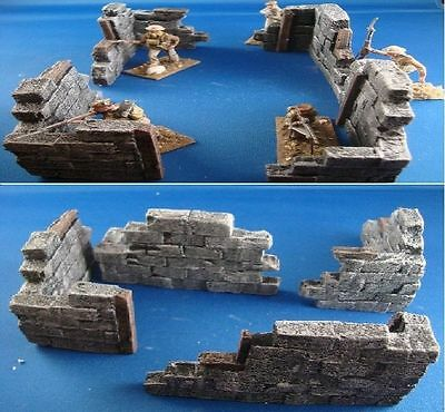 u8 4X UNPAINTED DIFFERENT BLOWN UP BUILDINGS FOR 1.35 SCALE, 1.35 scale