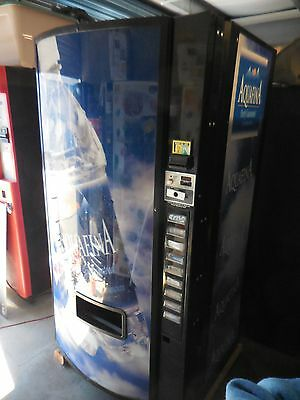Dixie Narco Dn 501E Sii-9 Soda / Drink Vending Machine 9 Selection Multi-Price
