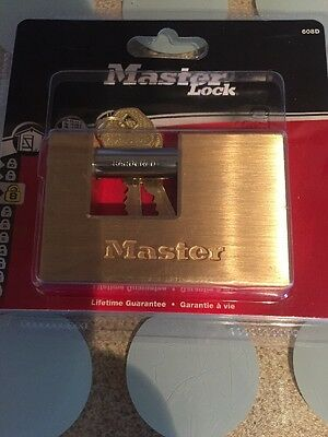 masterlock 608eurd padlock container style 85mm brass 8 security 2 X keys