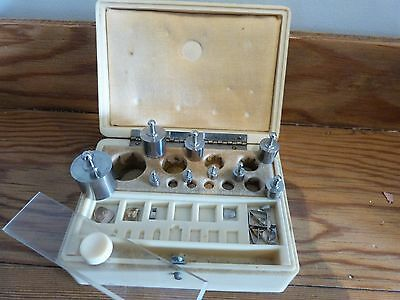 Vintage box of apothecary/scientific Weights by Baird & Tatlock (London)