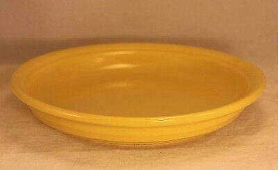 "Old Vintage BAUER High Fire Ring Ware 9½"" Round Pie Plate in Yellow Glaze"