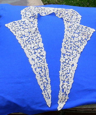 Antique Rosaline Bobbin Lace Collar