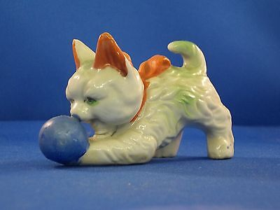 Vintage Ceramic Kitten Playing With A Ball - Marked Japan