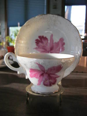 * Vintage Pink Lily & Gold Tea Cup & Saucer! Made in Japan!! S0oo Pretty!***