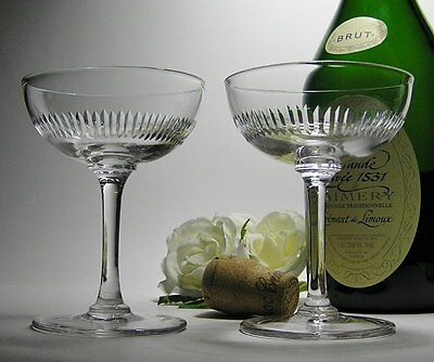 2 x Exquisite VINTAGE ANTIQUE Cut Crystal CHAMPAGNE GLASSES ~ MAGICAL Chime!
