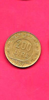 Italy Italian Km105 1981 Vf-Very-Nice Large Old 200 Lire Coin