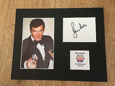 Limited Edition  ROGER MOORE Signed Mount Display   AUTOGRAPH