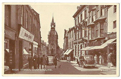 DUNFERMLINE High Street, RP Postcard by Valentine Postally Used 1954