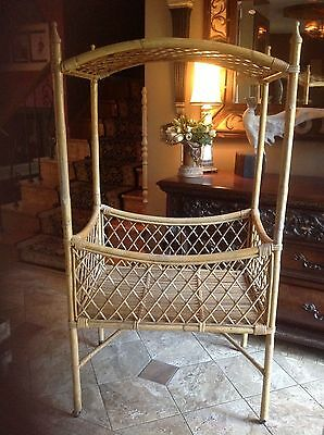 Antique Wicker / Bamboo Baby Bassinet canopy Nursery Bed Basket Crib Cradle