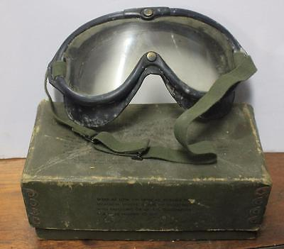 Vintage Polaroid Aviation Military Issued Flying Goggles B-8