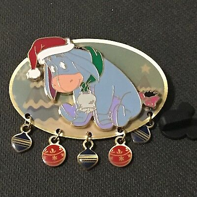 Disney Store - Eeyore in Santa Hat (Dangle)