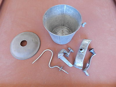 VINTAGE ANTIQUE UNIVERSAL No. 2 BREAD MAKER  LANDERS, FRARY & CLARK EARLY 1900's