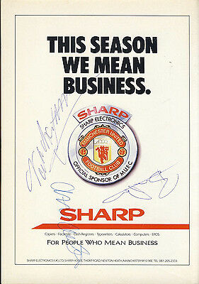 SIGNED Manchester United v Luton Town 12th April 1988 Football Programme f2036