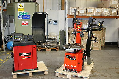 Unite U-820 Wheel Balancer & John Bean T3000 Tyre Changer Package