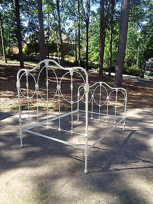 So Fabulous Antique Shabby White Cottage Chic 1906 Wrought Iron Full Bed w/Rails