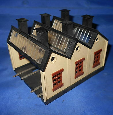 Triang TT gauge T34 double track engine shed