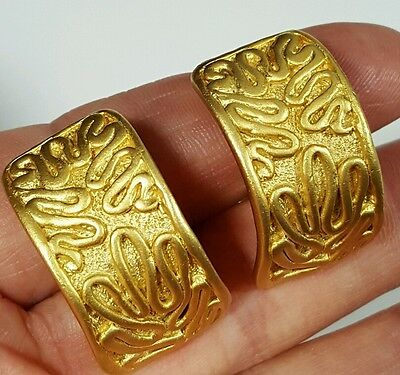 Vtg Jewelry Earrings Clip Gold Tone Metal Signed Norma Jean Unique Design #4726