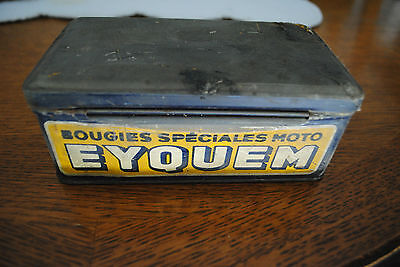 Ancienne Boite A Bougie Eyquem  Speciale Moto