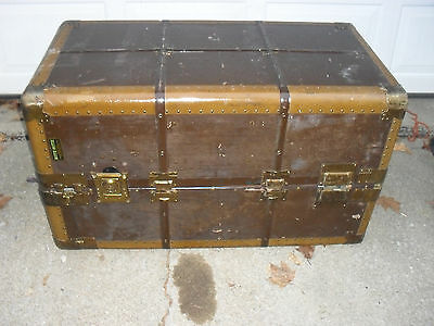 Antique Hartman Rite Hite Gibraltarized Steamer Wardrobe Trunk Coffee Table