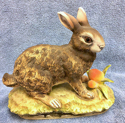 Older Lefton China Handpainted Bunny, Rabbit, Hare Figurine w Stamp & Sticker