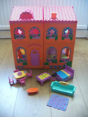 DORA THE EXPLORER Large Magical Doll House - with sound lights & accessories