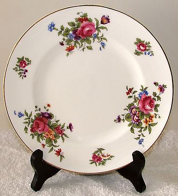 "Crown Staffordshire Eng Bone China Dresden Spray 8 1/4"" Salad Dessert Plate VGD"