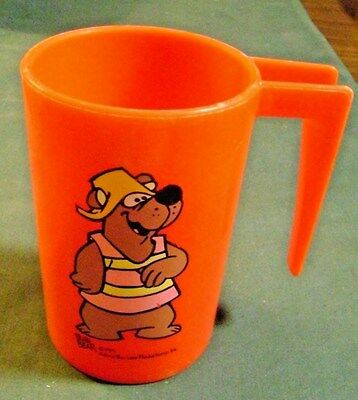 1971 Bubi Bear Red Plastic Mug With Handle Hanna Barbera Productions