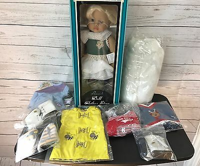 Hannah 18' Doll and Lot of Clothes / Outfits and shoes - New