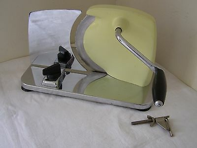 Vintage 1960/70's Pineware Chrome & Stainless Steel Hand Crank Meat/Bread Slicer