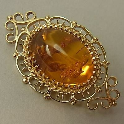 Vintage 9Ct Gold And Amber Brooch