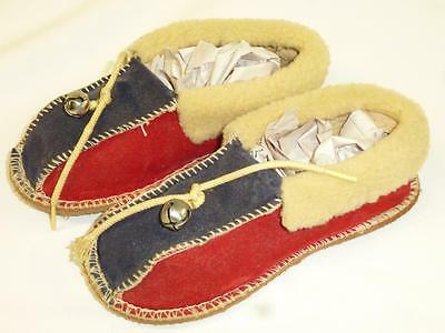 Vintage BOYS Childs Velvet Velveteen SLIPPERS SHoes Red Blue Size 6